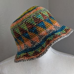 COLORFUL TIGHT WEAVE  HOBO HAT